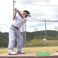 ゴルフはリズムがすべてを語る 楽に振ってクラブをしならせよう